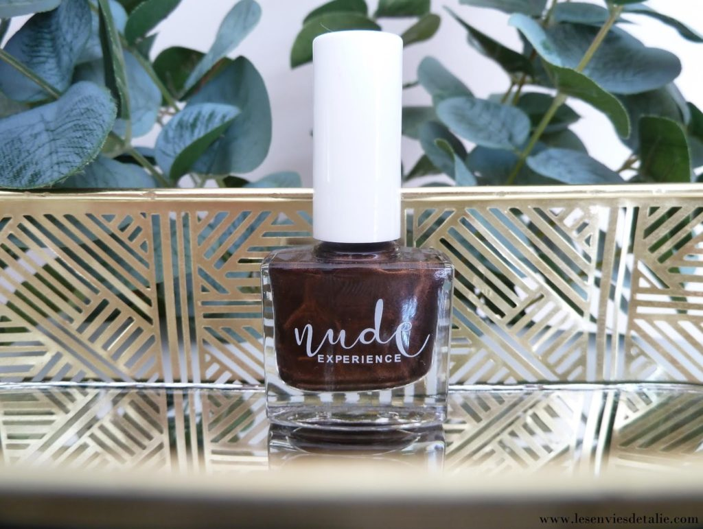 Vernis à ongles Bucket Nude experience